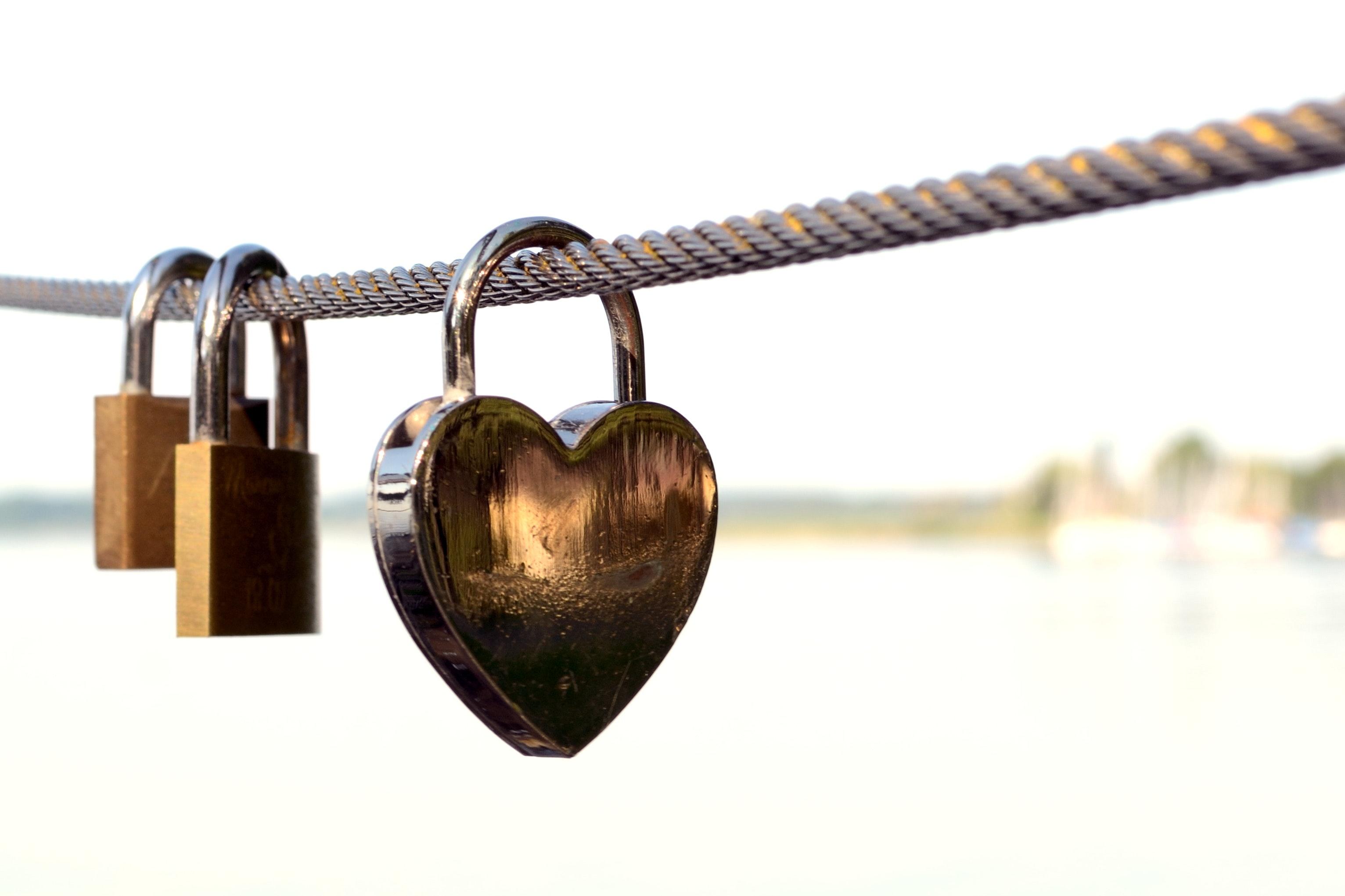 RADIUS MFA symbolized with a heart-shaped lock